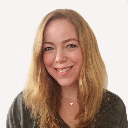 Numerolog Miella Charnell